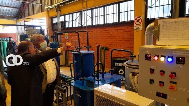 Alcalde de La Paz visita planta de oxígeno de Cochabamba