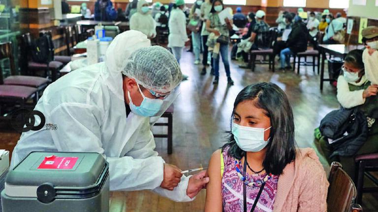 Debemos inmunizar al 90% de la población para paliar la cepa Delta