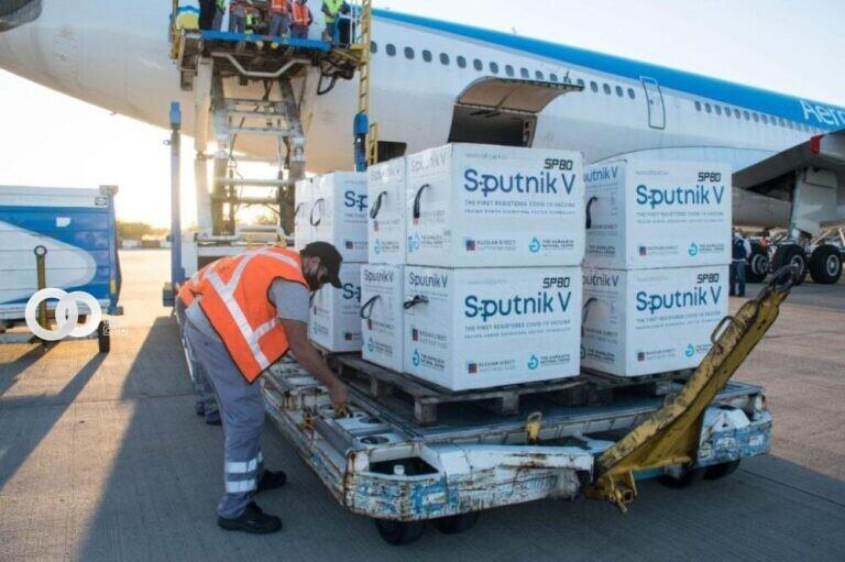 Gobierno prevé la llegada de segundas dosis de Sputnik V a Bolivia