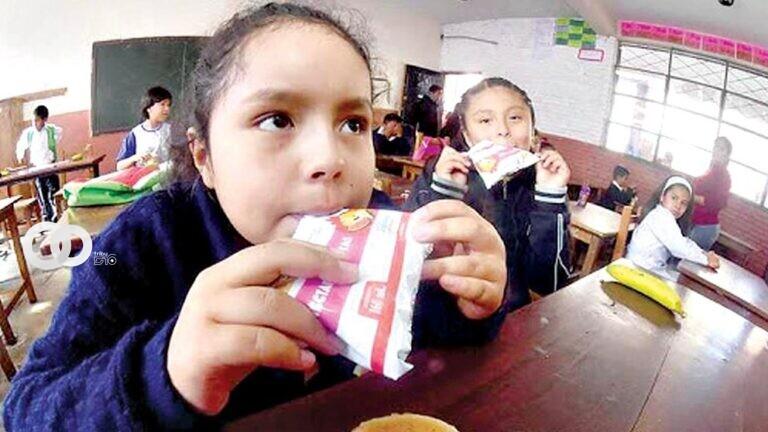 Cochabamba: niño encuentra un roedor en su bolsa de yogur del desayuno escolar
