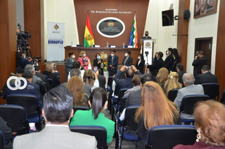 Bolivia conmemora Día Internacional del Notariado Latino y del Notario