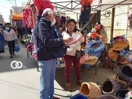 Servidores públicos apoyan campaña de vacunación de El Alto