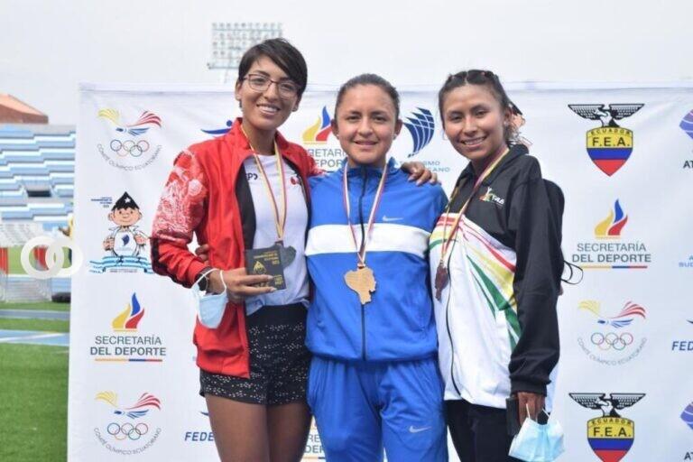 Mayra Quispe gana medalla de bronce