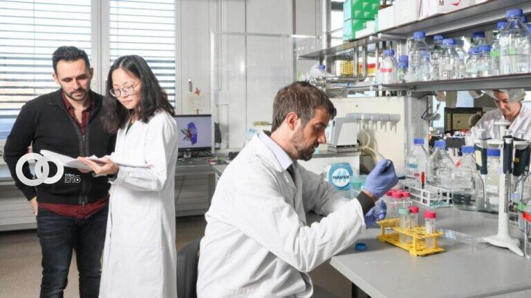 Científicos clínicos contra la covid-19